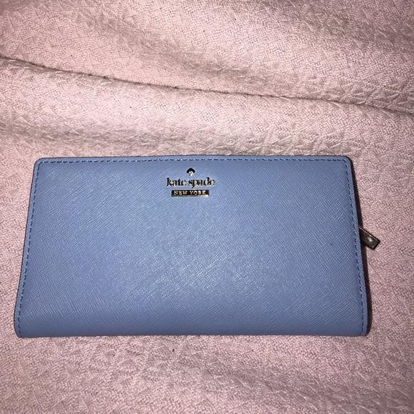b73ae91401c0 kate spade Handbags - Kate Spade Thompson Street Stacy Wallet